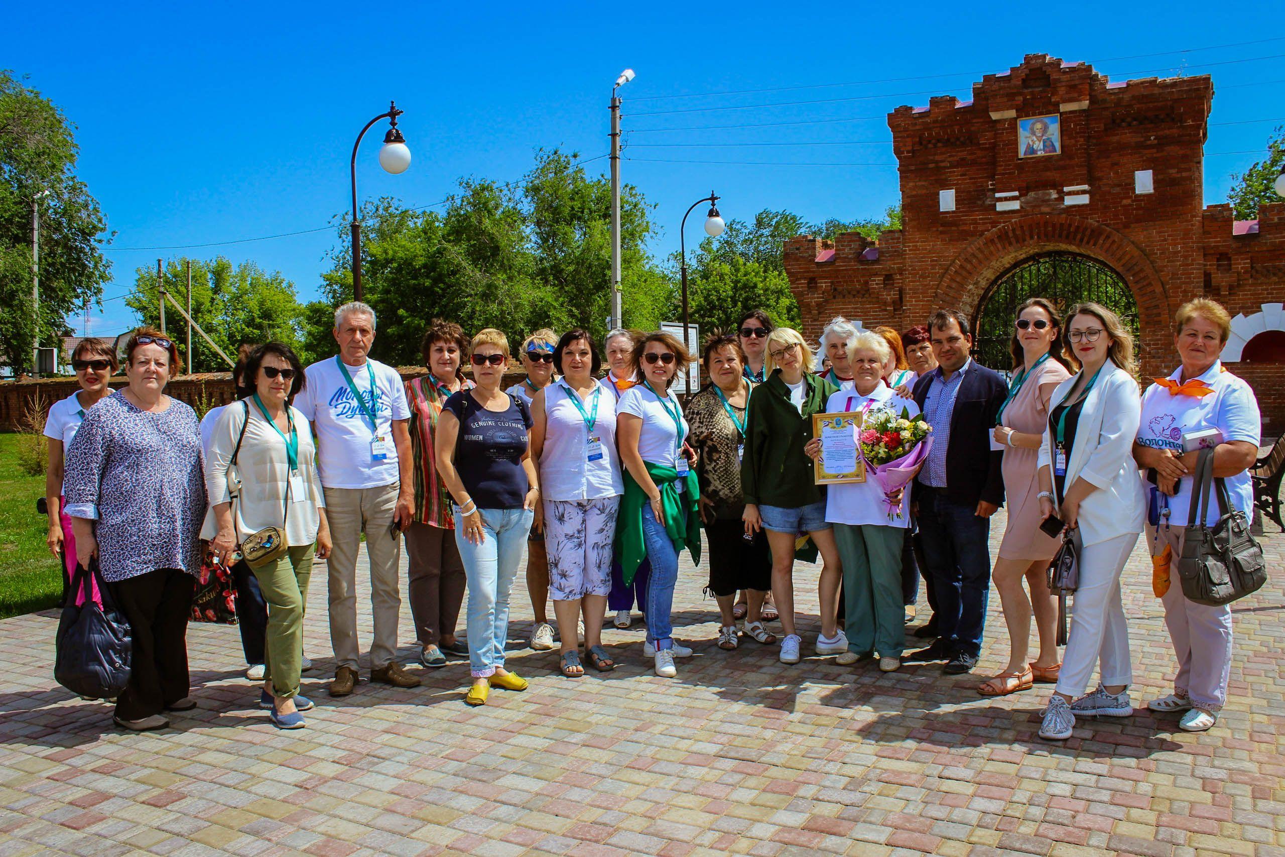 Представители «серебряного» добровольчества со всей России на территории усадьбы Самариных